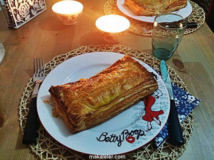 Beşamel Soslu Milföy Bohçası Nasıl Yapılır? Mantarlı&Tavuklu