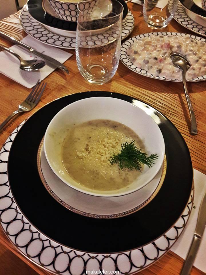 Kremalı Mantar Çorbası Nasıl Yapılır?