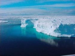 Vostok Gölü